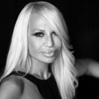 Donatella Versace a devenit noua imagine a casei Givenchy