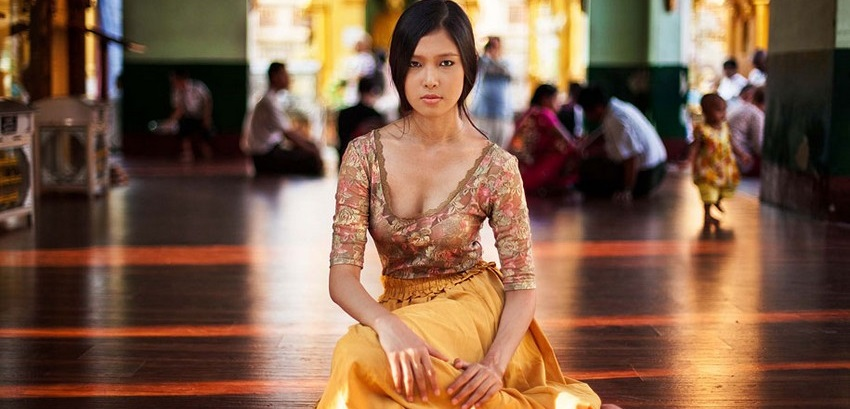 Romanian-Photographer-Mihaela-Noroc-Beauty-in-37-Countries-Yangon-Myanmar