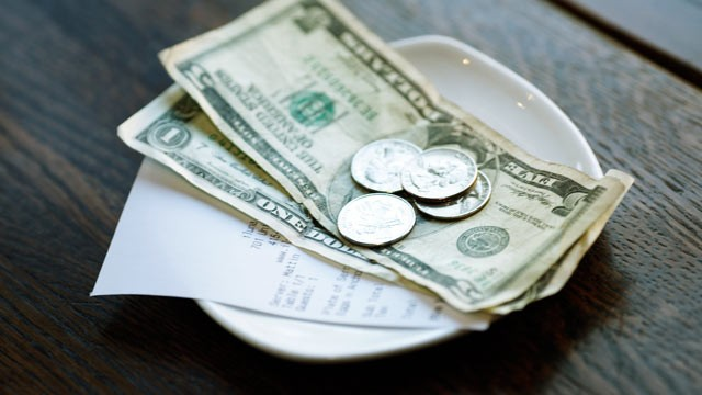 Tipping-the-USA