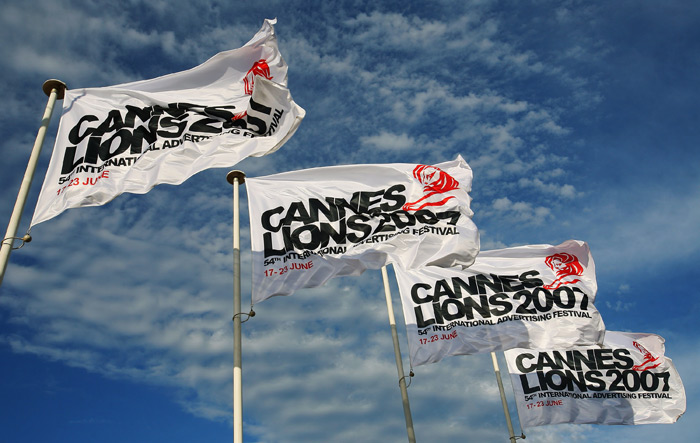 cannes_flags